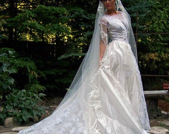COUPON SALE at checkout 50% off vintage dress-Camelot-Exquisite 1953 Diamond White Silk Voile and Lace Vintage Bridal Gown and matching Veil
