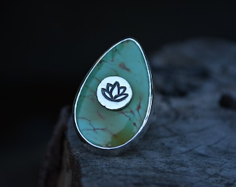 Turquoise Lotus Ring, Lotus Ring, Lotus, Turquoise, Kingman Turquoise Ring, Sterling Silver, Stone on Stone, Size 7.5