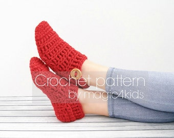 Crochet pattern : easy slippers for women,all women sizes,adult,quick project,Xmas gift,easy,socks,girl,bulky yarn,loafers,buttons