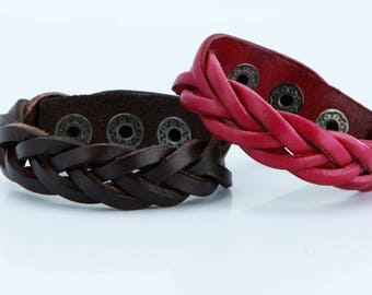 Braided Leather Bracelet, Simple. Snap Closure. Hand braided Simple and elegant, adjustable snap closure, many colors B012