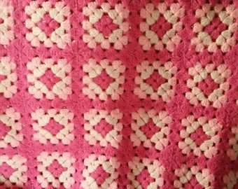 Vintage pink granny square crocheted handmade afghan blanket bedspread heavy 55 x 70 inches approximately girls room grandma style