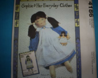 McCalls Crafts 4186 21 inch and 6 inch Dolls and Clothing.