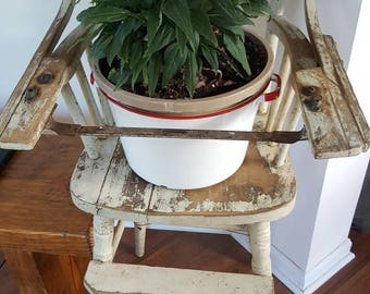 Vintage shabby high chair/plant stand.