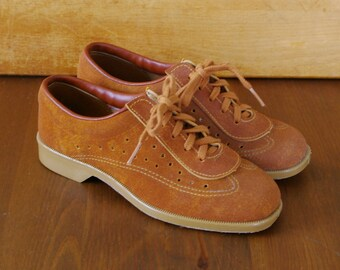Vintage Bowling Shoes Brown Leather Suede Lace Up Sport Sneakers Women 5 Brunswick Ladies Athletic Footwear 60s Oxford Loafers Epsteam