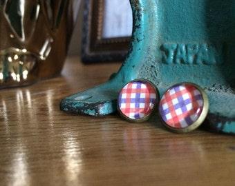 post earrings /// gingham
