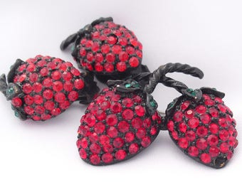 Vintage Weiss Strawberries Brooch Pin and Earrings 1950s Set Book Piece