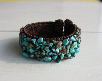 Vintage bracelet natural turquoise stone