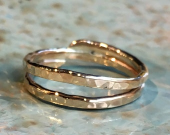 Stacking gold Ring, Thin Gold Band, Simple ring, Wrapped wire dainty Band, Yellow Gold Band, gold midi Ring, thumb ring - Healing R2489