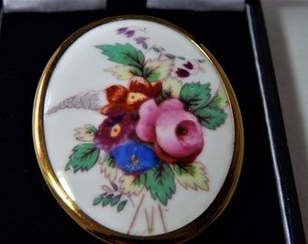 Royal Worcester Vintage Oval English Porcelain Bone China Gold Plated Brooch Gift Boxed Vintage Wonderful Gift for Her