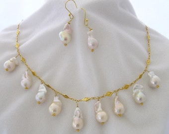 22 Karat Thai Gold Necklace with Baroque Pearls and Earrings
