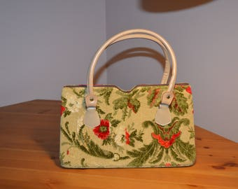 Vintage Ronay embroidered carpet  tapestry purse in beige with olive green & red floral pattern.
