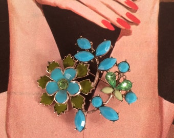 Lovely Enameled Floral Brooch with Rhinestone Accents