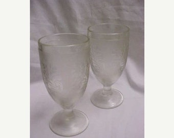 Spring Sale 1940's Federal Glass Co Stippled Daisy Flower Footed Tumbler Lot of 2 in Crystal