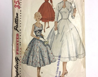 Vintage Sewing Pattern Women's 50's Simplicity 4676 Dress, Jacket (XS/S)