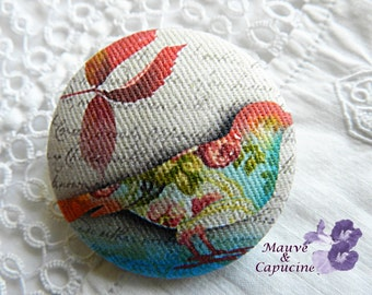 Fabric button, printed bird, 1.57 in / 40 mm