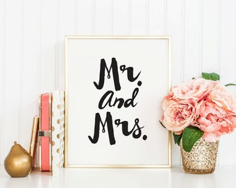 MR and MRS - Instant Download - 8x10 - 11x14 - Printable art - Black and White  -  Wedding  - Husband - Wife - Home Decor