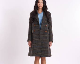 Classical Peaked Lapel Double-Breasted_Check