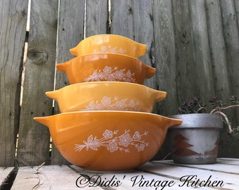 Butterfly Gold, FULL SET, Vintage Pyrex Mixing Bowls, Cinderella, Country Kitchen
