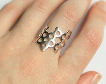 Serotonin Ring - Sterling Silver - Molecule Jewellery