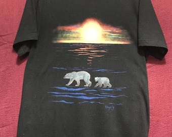 T-Shirt polar bears at sunset