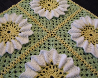 Crochet Baby Blanket featuring Springtime Daisy Flower - INSTANT DOWNLOAD PDF from Thomasina Cummings Designs