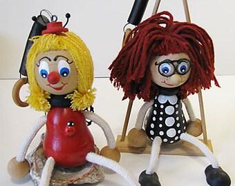 Poupées en bois avec fil de bobine, marionnettes en bois, fait à la main en Allemagne bois poupées sur fil de bobine,