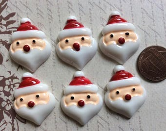 SET of 6 Christmas Santa Claus Holiday Resin Flatback Button/Ornament/bow/Paper Craft/DIY/Trim/Embellishments