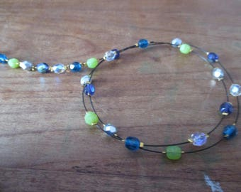Cold colored pearl bracelet with doucle row.