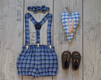 Baby boy 1st Birthday outfit Linen Cake smash outfit Navy blue Gingham bloomers suspender bow tie set Baby diaper cover
