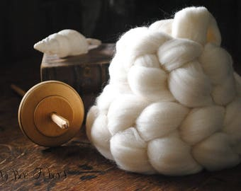 Domestic Targhee Undyed Combed Top Natural Wool Roving Spinning Dyeing Felting fiber - 4 oz
