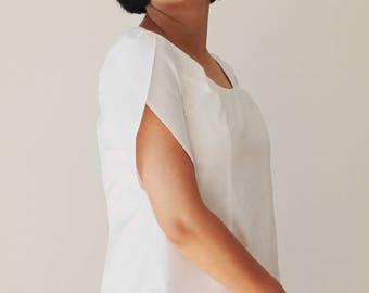 White linen top,Linen blouse,Peasant blouse,White blouse,Bohemian blouse,70s blouse,Bohemian top,Women linen clothing,Black,Minimalist top