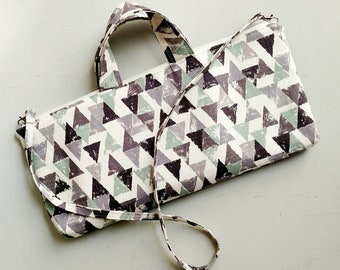 Triangle Messenger Bag - Zippered Top -