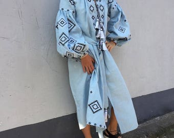 Ukrainian vyshyvanka midi embroidered dress - 100% light blue linen with geometric ancient embroidery - boho chic ethnic vita bohemian style