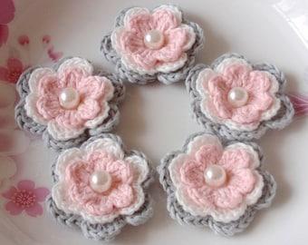 5 Crochet Flowers In Gray, Off  White, Lt Pink YH-031-010