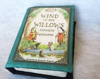 The Wind in the Willows Pillow Book