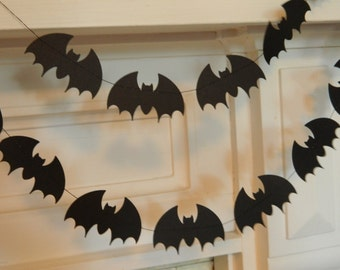 Paper Bat Garland / Halloween Decor / 6ft Black Bats Garland / Halloween Party Decor /Halloween Garland /Halloween Photo Prop