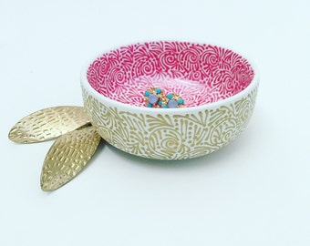 Double-Sided Round Jewelry Dish In Pearlized Dk Pink/Gold