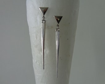 Long Minimalist Earrings, Silver Art Deco Earrings, Silver Spike Earrings, Silver Triangle Stud Earrings, Pyramid Earrings