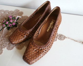 Braided Shoes with Small Wooden Heel, Vintage Spring Summer Size 36- 37, Melluso of Italy, Brown Genuine Leather Woven leather Ladies Shoes