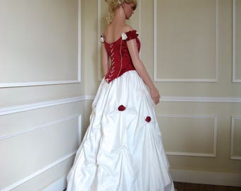 Dress strapless Burgundy Red and white skirt with his hat