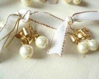 Gold Bow Earrings Pearl Dangle Earrings Bridesmaid Earrings Gold Bow Pearl Earrings Wedding Jewelry Vintage Style Earrings