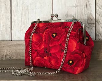Red poppy framed evening cluch with chain