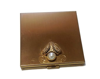 Vintage Volupte Goldtone and Pearl Compact