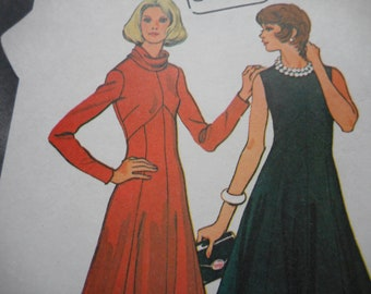 Vintage 1970's McCall's 3830 Dress Sewing Pattern Size 12 Bust 34