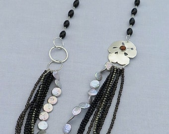 Multi-row necklace in 950 sterling silver, black agate, smoky quartz, pyrite and freshwater pearls