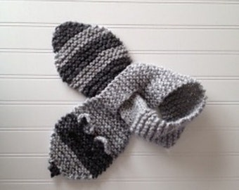 Adorable Raccoon Scarf Animal Neck Warmer Scarflette