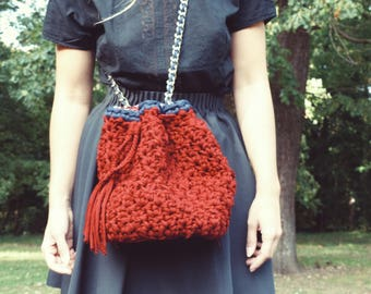 Bucket bag handmade with recycled cotton