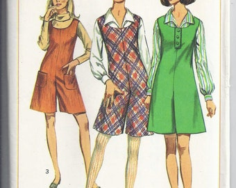 Simplicity 7174 Vintage sewing Pattern 1967: Sleeveless Pant-jumper, blouse, Bust 32, UNCUT