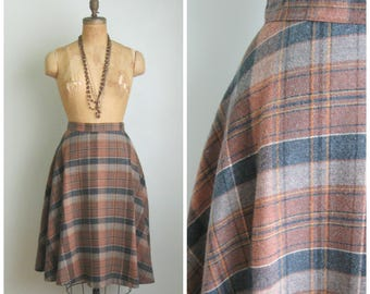 1970's Soft Sweeps Blush/Charcoal Plaid Skirt// JC Penny's