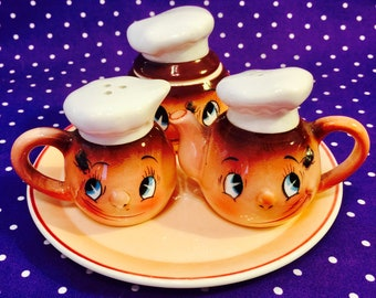 PY Ucagco Fly in My Eye Chef Series Child's Condiment Set made in Japan circa 1950s